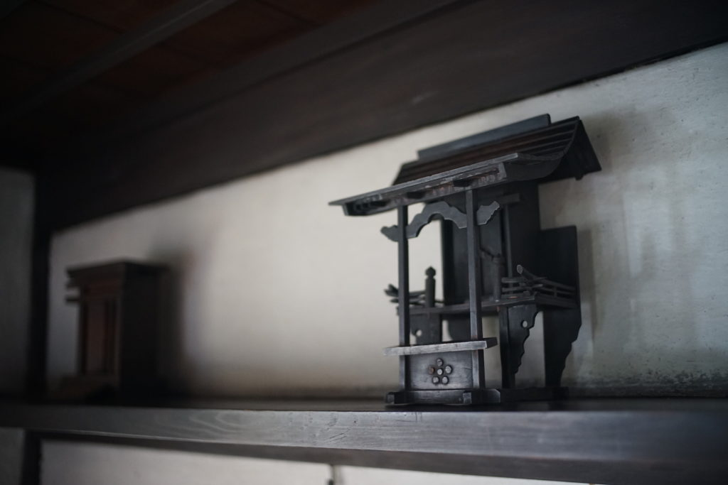 河井寛次郎:仏壇