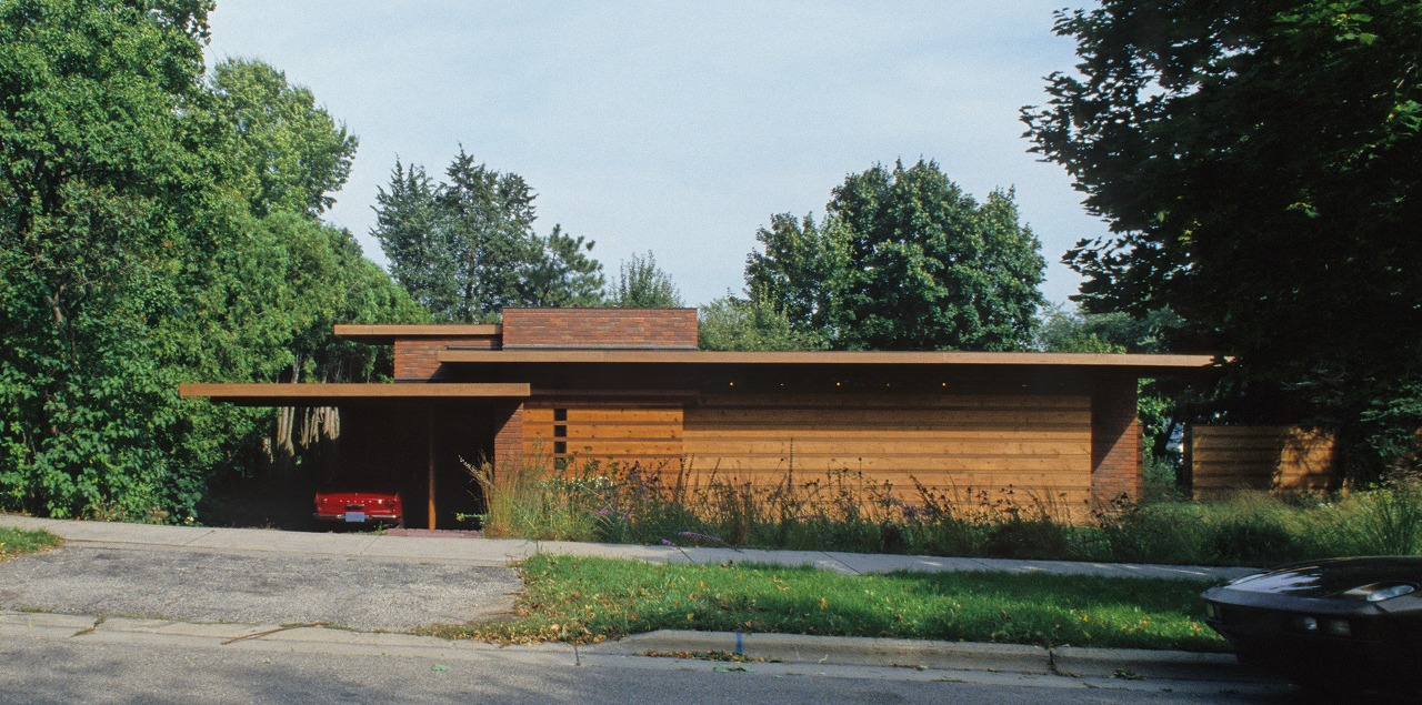 THE USONIAN HOUSE