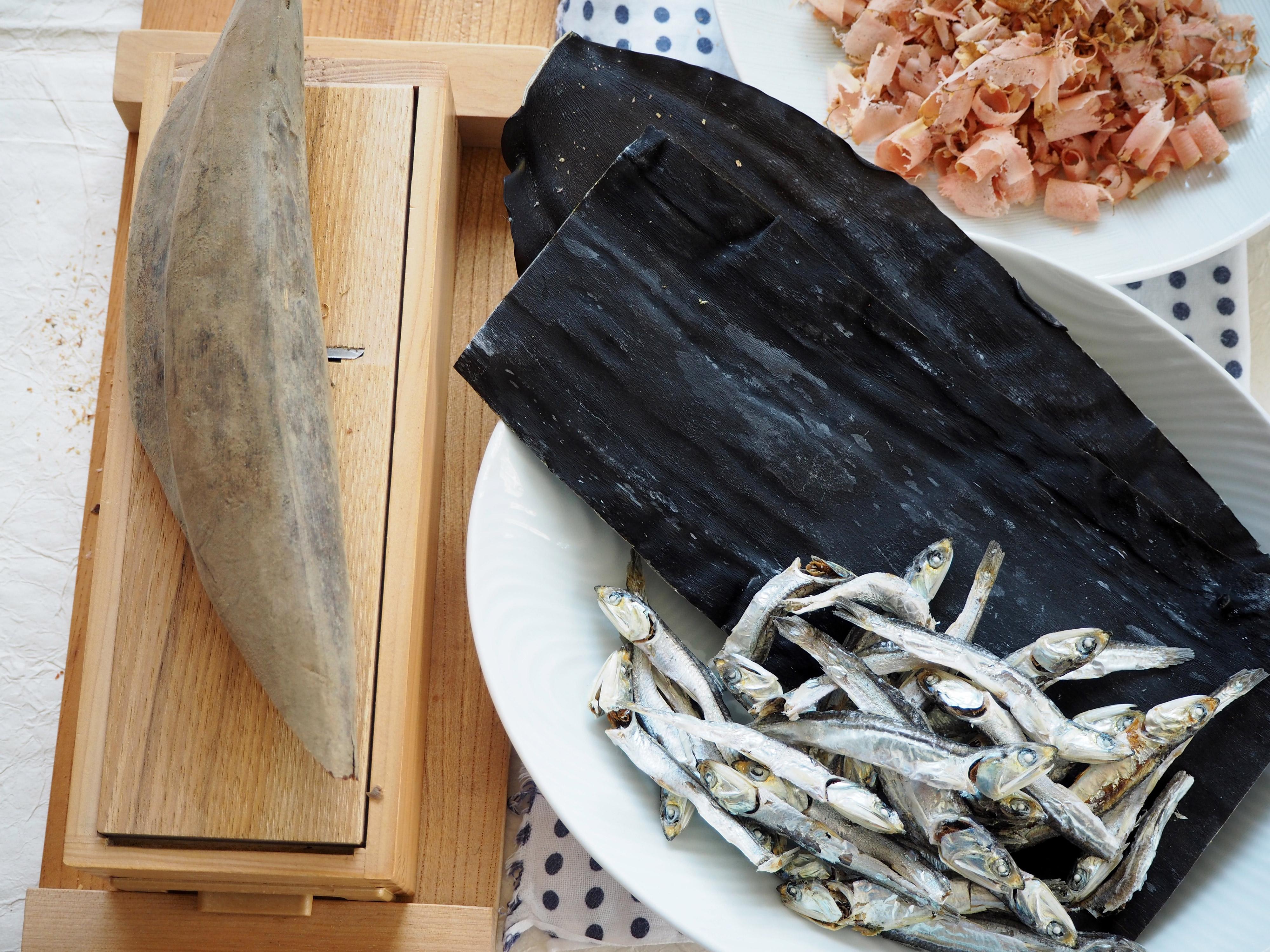 本枯れ節と昆布と煮干し