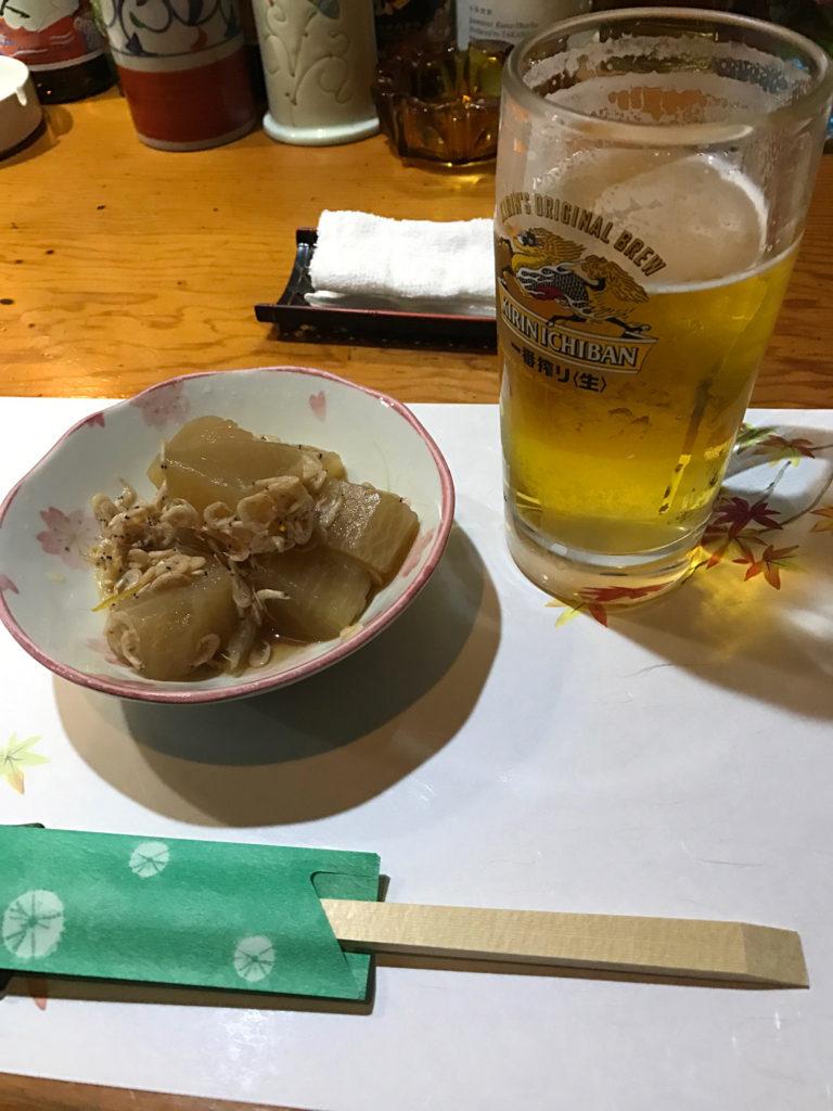 倉敷の居酒屋古都のつまみとビール