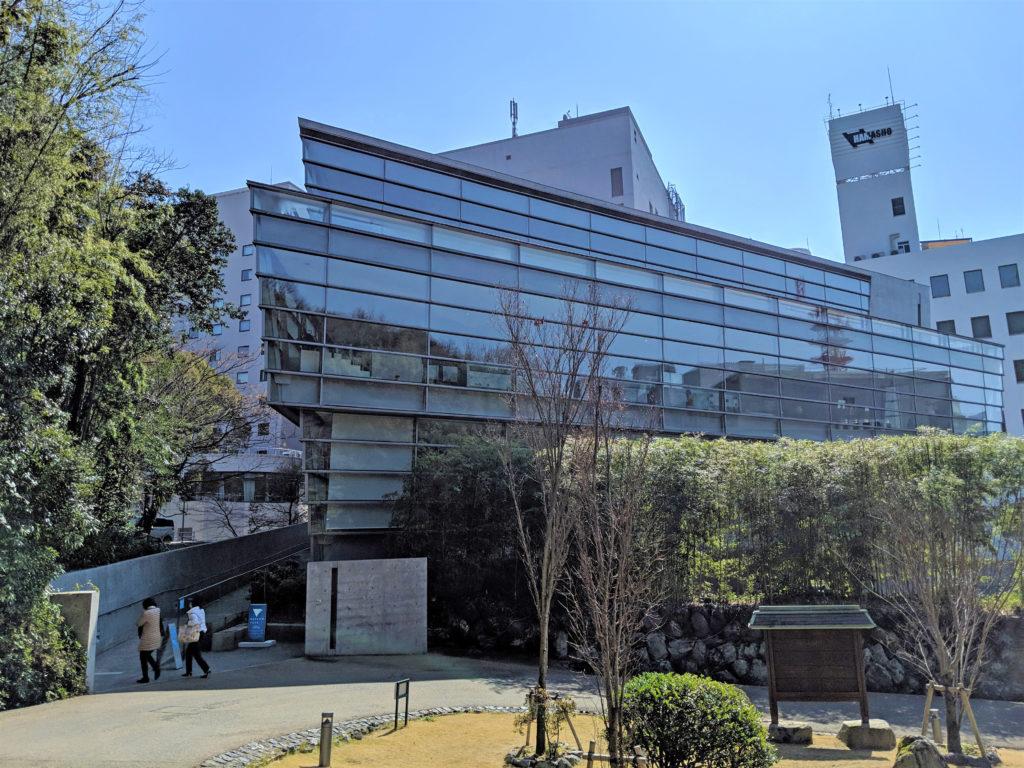 安藤忠雄設計坂の上の雲ミュージアム外観