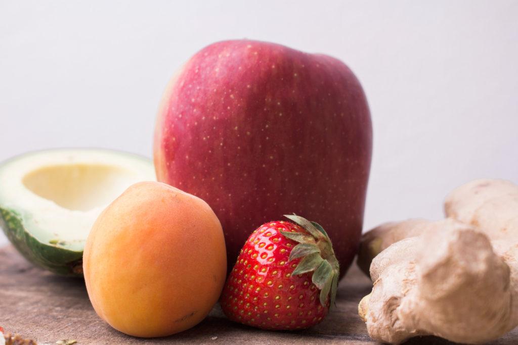 苺りんごビワ生姜