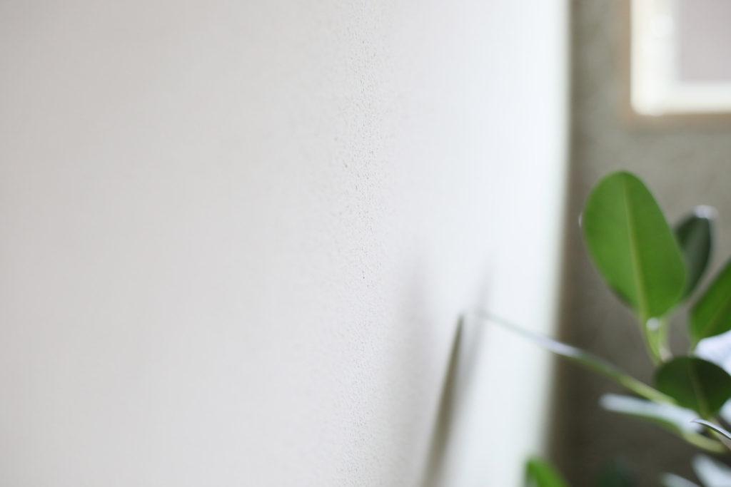 珪藻土の壁の質感