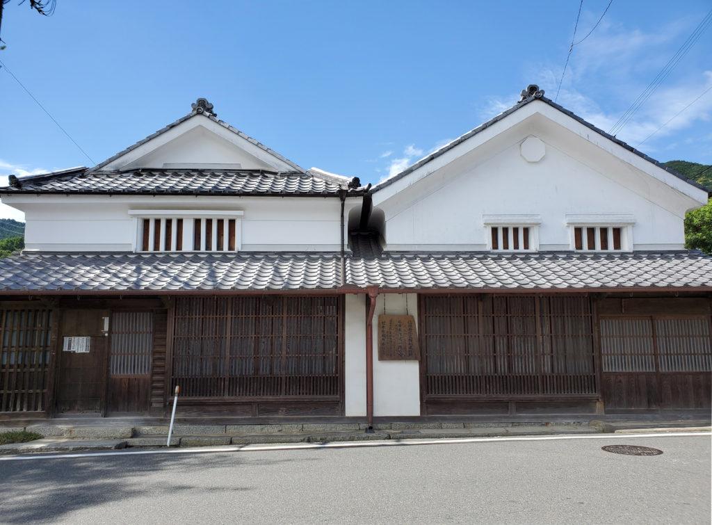 福岡県指定有形文化財石田家住宅外観